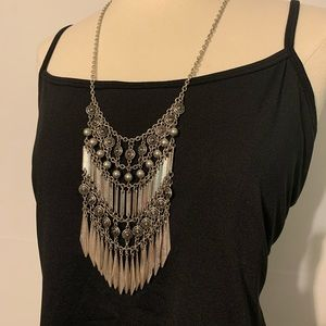 3/$20💎 Boho Silver Statement/ Bib Necklace
